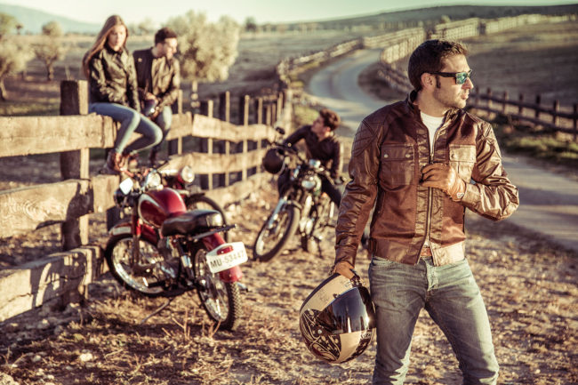 Teneree-venty-II-man-bycity-dapper-riders