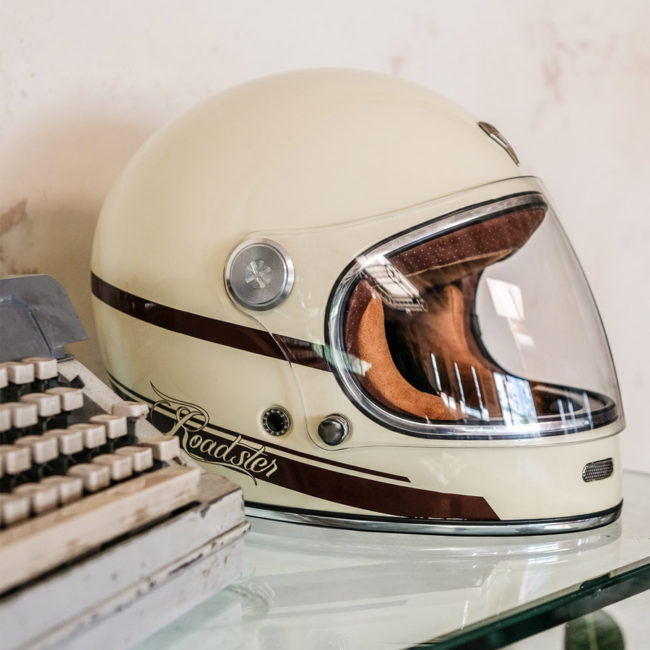 cascos-cafe-racer-moto-roadster-red-strike